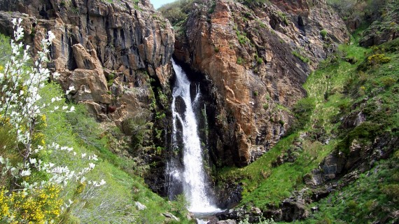 Cascada de Mazobre